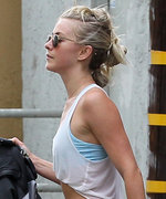 Julianne Hough Shows Off Her Incredibly Toned Abs After a Workout