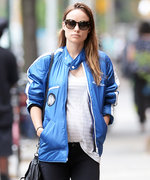 Olivia Wilde Proves She's the Coolest Expectant Star in Her Latest Maternity Look