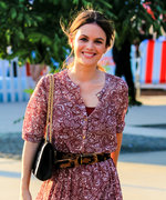 Mila Kunis Shows Off Post-Baby Body at Burberry Show ...