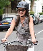 Pippa Middleton Shows Off Her Dazzling Engagement Ring While Biking in London