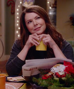 Lorelai and Rory Talk Amy Schumer in the First Gilmore Girls: A Year in the Life Trailer