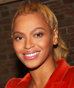 When Beyoncé Rocks a Glossy Eye, We All Rock a Glossy Eye