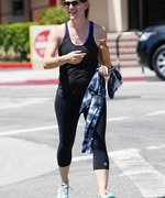 Jennifer Garner Is All Smiles as She Flaunts Her Toned Arms Post-Workout