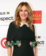 Julia Roberts Makes Roses Look Totally Chic on the Red Carpet