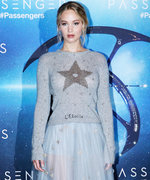 5 Sweater-and-Skirt Combos to Look Like Jennifer Lawrence