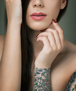 People Are Treating Their Stretch Marks with Tattoos