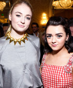 Maisie Williams Gets Scared on the Red Carpet Without Sophie Turner