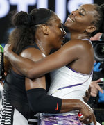 Venus & Serena Hug it Out After Serena's Win (Against her Sister!)