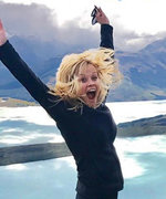 5 Signs Reese Witherspoon Is Having the BEST Time in New Zealand