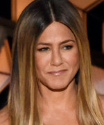 Jennifer Aniston Dazzles in $10.7M Worth of Diamonds & High-Slit Gown