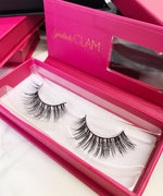 These Are the False Lashes the Kardashian Sisters Are Obsessed With