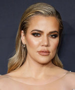 """Khloé K Recommends Wipes for Your """"Lady Parts,"""" Gynecologists Disagree"""