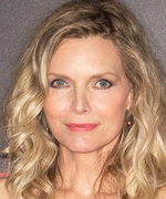 "This Is Why Michelle Pfeiffer ""Disappeared"" from Hollywood"