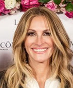 Julia Roberts Wows on the Red Carpet in Sleek Tuxedo Shorts