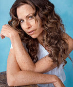 Minnie Driver Admits She Didn't Start Wearing Makeup Until She Was 25