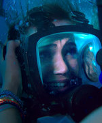 Mandy Moore Is Shark Bait in the Terrifying First Trailer for 47 Meters Down