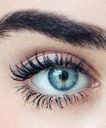 How to Regrow Overplucked Eyebrows