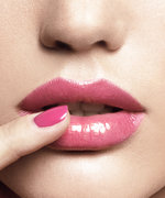 Why Are All Your Facebook Friends Selling Lipsense Cosmetics?