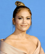 Jennifer Lopez Kicks Off Summer with a Flash of Her Jaw-Dropping Abs