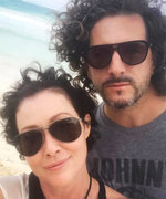 Cancer-Free Shannen Doherty Is Growing Back Her Curly Brown Hair