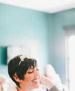 7 Ways to Dress Up Your Pixie Cut for Your Wedding