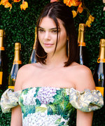 This Is What Kendall Jenner Packs in Her Carry-On Bag