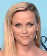 Reese Witherspoon's Sons Are Her Mirror Image in This Summery Snap