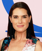 Brooke Shields Won't Let Her Daughters Model Until They Finish College