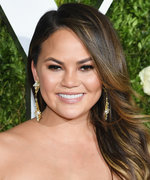 Chrissy Teigen Wore This Ultra-Glam Ensemble to Go Grocery Shopping