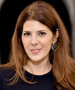 "Marisa Tomei on Playing Spider-Man's ""Sexy Aunt May,"" Going Topless on Camera, and Her Beauty Secrets"