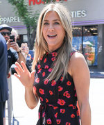 Jennifer Aniston's Floral Dress Is Totally Rachel-Worthy