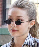 Gigi Hadid Mixes Prints Like a Pro While Out in N.Y.C.