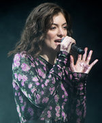 "Is Lorde About to Drop a Music Video for ""Perfect Places""?"