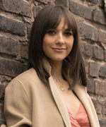 Rashida Jones's Sleek Luggage Collab Happened Like This