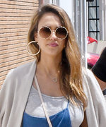 Jessica Alba's Jumpsuit Is Maternity Style Goals