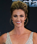 How Erin Andrews Chose Her Metallic DWTS Premiere Look