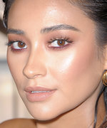 The Eyeshadow Shade Every Celeb Is Wearing Right Now