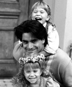 John Stamos's Video of Mary-Kate and Ashley Olsen Is the Throwback We Needed