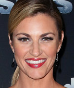 How Erin Andrews Chose Her Sexy High-Slit Dress for DTWS