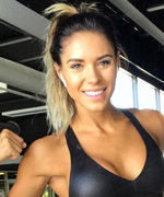 "This Fitness Blogger Has the Best Response to Haters Who Say Strength Training Makes Women Look ""Manly"""