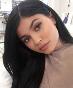 Why New Mom Kylie Jenner Says She Doesn't OpenSnapchat Anymore
