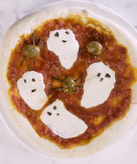 How to Make Your Own *Spooky* Pizza Margherita