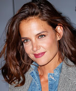 Katie Holmes Just Chopped Off All of Her Hair