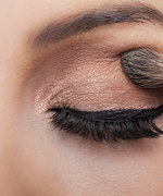 These Rose Gold Eye Shadows Will Get You So Ready for Holiday Party Season