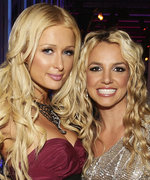 Paris Hilton Claims She and Britney Spears Invented the Selfie, Twitter Disagrees
