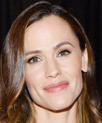 Jennifer Garner Shares the Healthy Smoothie She Makes Every Day for Breakfast