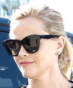 Reese Witherspoon's Casual LBD Is Red Carpet–Worthy