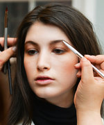 How to Perfectly Arch Your Eyebrows