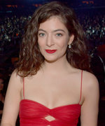 Celebrities, Like Lorde, Have Acne—Get Over It