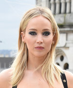 """Jennifer Lawrence Is """"Offended"""" That People Think Her Dress Is Sexist"""